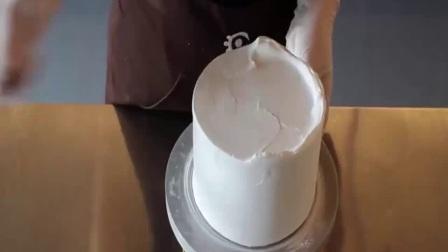 镜面蛋糕走红网络 电饭煲自制蛋糕 高压锅做蛋糕