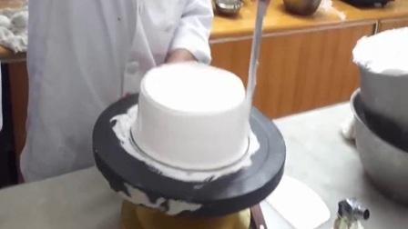 双层生日蛋糕裱花视频 8寸生日蛋糕的做法