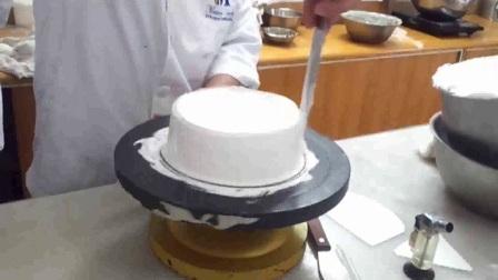 抹圆型蛋糕胚之裱花蛋糕戚风蛋糕
