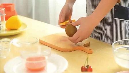 草莓生日蛋糕--德普烘焙实验室