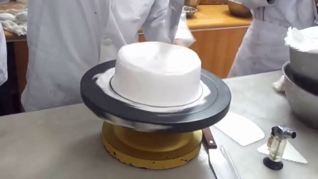 如何用微波炉做蛋糕戚风蛋糕君之