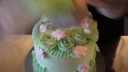 订生日蛋糕 做纸杯蛋糕 芝士蛋糕的做法