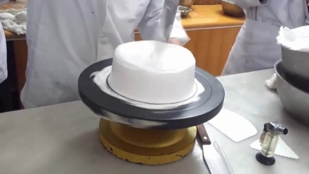 家庭如何自制蛋糕 自制蛋糕的做法 电饭锅自制蛋糕8