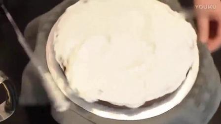 初学者如何给蛋糕裱花 韩式裱花豆沙怎么调色 裱花蛋糕