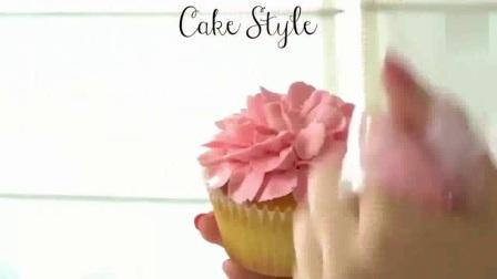 CB何伟丽之脆皮蛋糕,芝麻花生糖,小蛋卷等971何伟丽投.