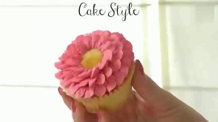 戚风蛋糕卷的做法_戚风蛋糕卷配方_巧克力蛋糕的做法