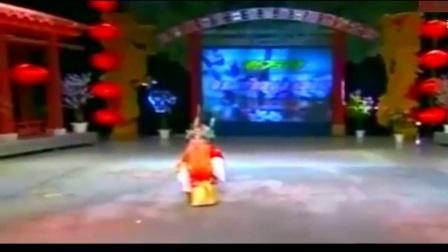 4岁的小陶阳 一曲京剧《珠帘寨》自带气场 萌傻全体观众!