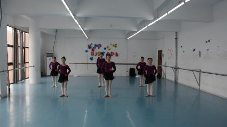南昌影视传播职业学院 表演艺术学院 2016级舞蹈表演班期末基训考试(三)