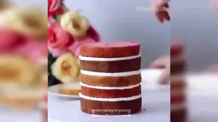 戚风蛋糕卷 冰激凌蛋糕 镜面蛋糕走红网络