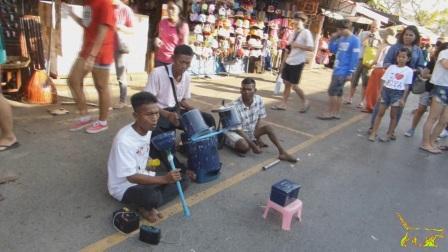 Street musicians Thailand 12.01.2014