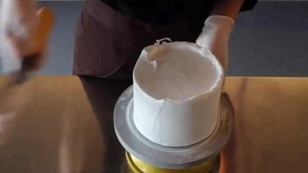 东日经典翻糖蛋糕之人偶制作过程