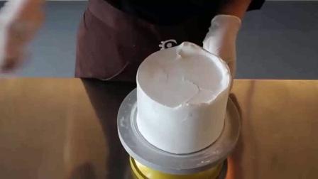 裱花蛋糕十二生肖│水果蛋糕裱花制作│做蛋糕裱花视频