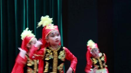银河之星《欢乐的跳吧》榆阳区蓝梦文化艺术培训中心选送   指导老师:张潇