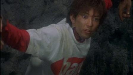 忍风战队破里剑者VS百兽战队牙吠连者2002