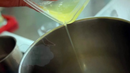 电饭锅蒸蛋糕 烤面包的做法 香蕉面包