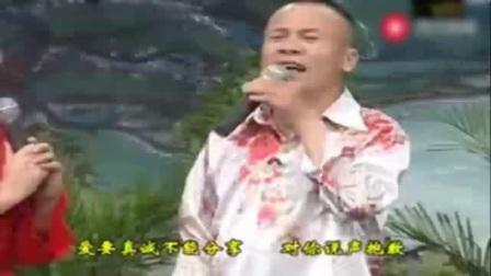 农村二人转:刘晓燕《吹牛》,网上美女三回头,滚滚长江水倒流_0