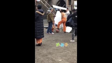 [高清]《请赐我一双翅膀》路透:林九歌监狱戏码打篮球