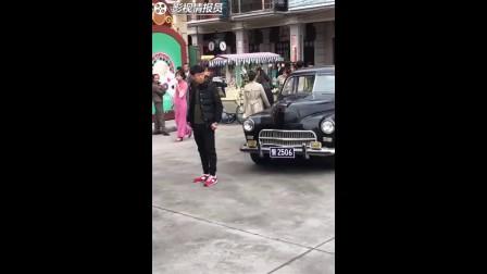 [高清]《请赐我一双翅膀》路透:炎亚纶穿上警服帅气爆表