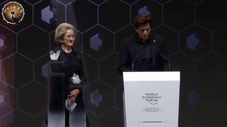 (SRK 2018.1.30翻译发布 1080P)沙鲁克汗Shahrukh Khan在2018年达沃斯经济论坛获得Crystal 奖(水晶奖)的领奖和感言