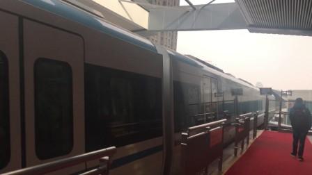 【武汉】1号线出黄浦路站(我本想在循礼门拍进站,结果碰到了一个缺德的女站务员)