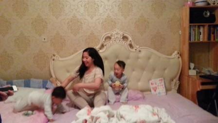 20140630_瀚文两周岁 卧室自拍搞笑