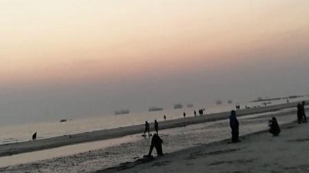 10岁11个月 康辉北海银滩傍晚游玩(3)