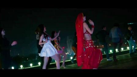《微爱之渐入佳境》杨颖陈赫欢跳印度舞,性感指数爆表!