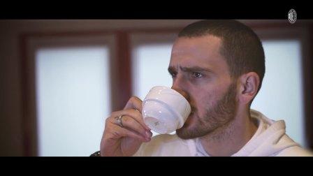 博努奇在米兰内洛的咖啡厅又看到了什么呢?