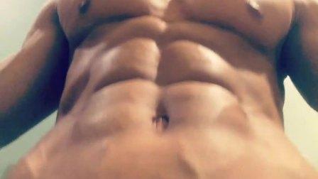 肌肉展示_健身 帅哥 大叔 健美 胸肌 腹肌