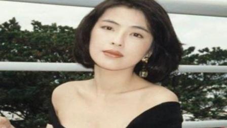 她年轻时美艳四方,嫁给天王后放弃事业,被宠30多年依旧美如少女