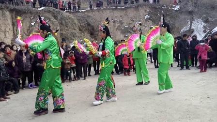 2018年甘谷县谢家乡菜子秧歌赴谢家湾村汇演《绣荷包,折牡丹》
