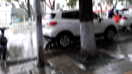 武汉正在下雨_20180227_170317