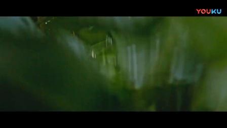 """《勇敢者游戏-决战丛林》霸气强森迎战巨兽 绝地反击穿越""""侏罗纪"""""""