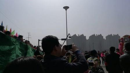 2018年元宵节,祁县社火展演辰城南村抬铁棍VID_20180302_124648