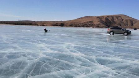 多伦湖溜冰