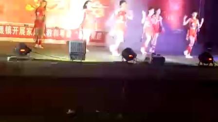 广西防城港那良镇2018年元宵文艺晚会热舞串烧