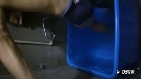 冷水浴15度脚尖入出水持续31秒