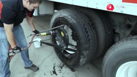 这个发明好, 货车无需拆钢圈, 即可修复轮胎, 效率高多了