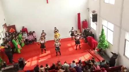 活力四射队蒙蒙广场舞《美好的生活神祝福》过年邵楼教会演出版