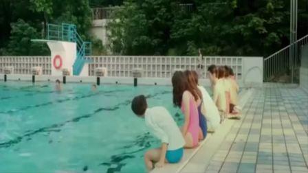 陈乔恩去跳水奶罩掉了真是一览无余啊