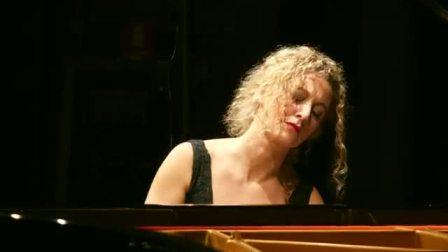 Elisa Tomellini意大利的钢琴家 Waldesrauschen