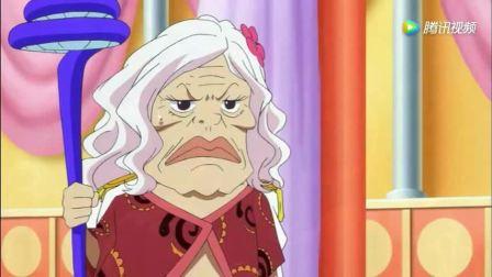 海贼王: 女帝汉库克对着电话虫傻笑, 真相辣眼睛!
