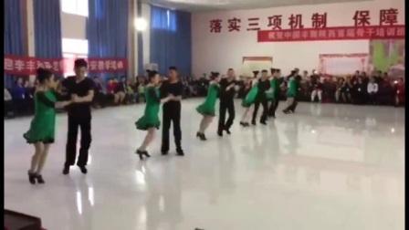 丰舞二套集体舞,沈阳丰舞团队西安丰舞第三次培训表演。