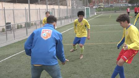 西班牙HLK国际足球俱乐部青少年队赛前