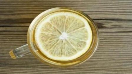 空腹可以喝柠檬水吗柠檬水的饮食禁忌及最佳冲泡方法