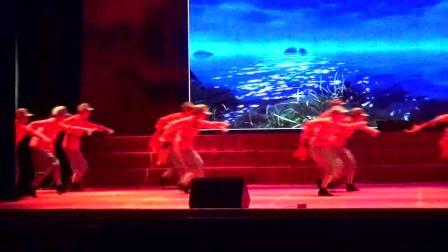舞蹈《游击队之歌》红星艺术团