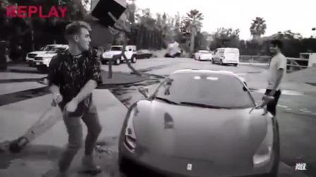 一铁钳多少钱, 男子上演砸法拉利跑车的玻璃