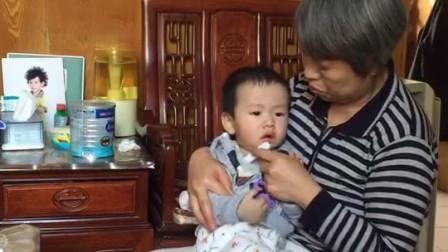 2018年3月19日松松和奶奶