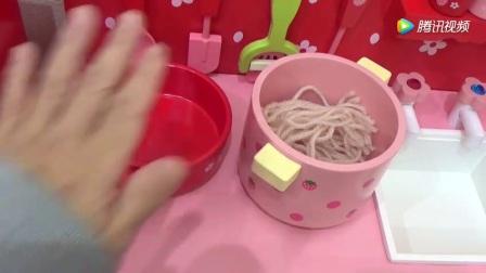 微型美食:迷你食玩吐司煎蛋 热腾网 www.renteng.net