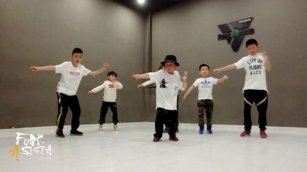 FunkAsista街舞工作室少儿班HipHop齐舞视频